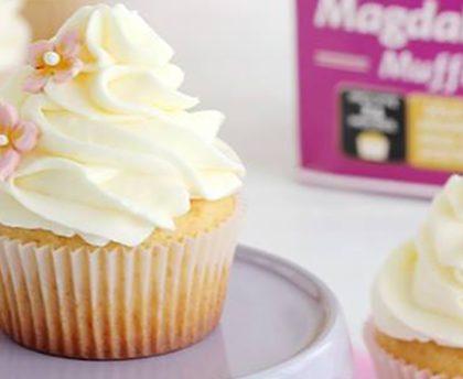 Magdalenas con crema de queso.